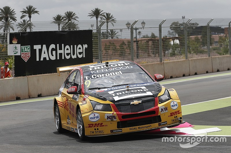 Tom Coronel boekt sensationele WTCC-zege in Marrakesh