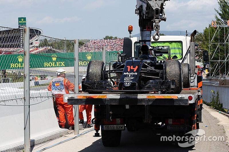 El motor de Alonso se apagó al cortarse el suministro de combustible