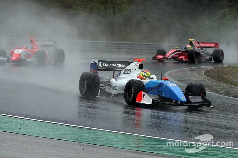 Спа Формула 3.5: Васів'єр виграв перегони під зливою