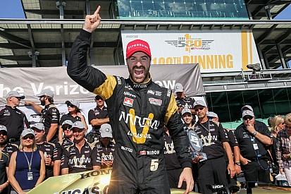 第100届Indy 500排位赛:欣奇克利夫获得杆位