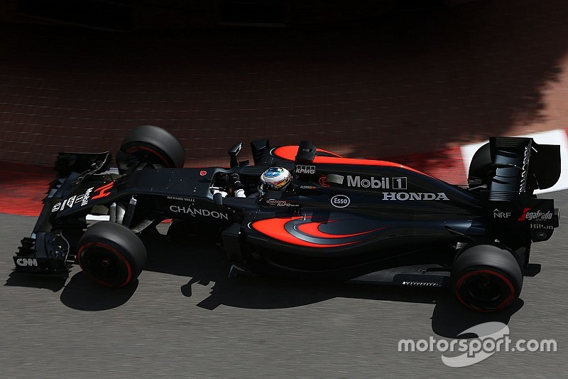 В McLaren по-прежнему испытывают проблемы с высоким давлением в шинах