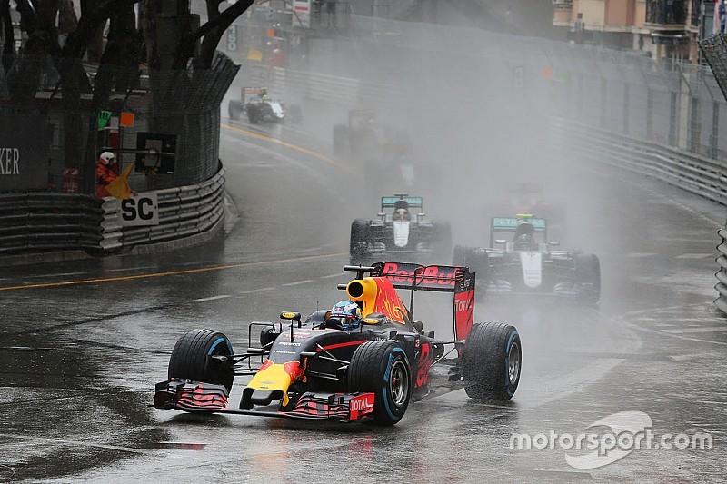 """Ricciardo: """"Estoy fastidiado y dolido"""""""