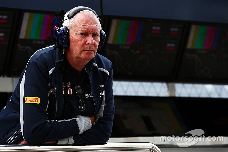 Бут всё активнее включается в работу Toro Rosso