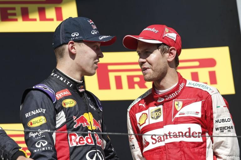 Ferrari: Vettel mit tehetett volna? Elrepül vagy mi?