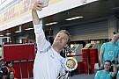 Rosberget hamiltonos kérdésekkel nyaggatták, de akkor sem válaszolt!