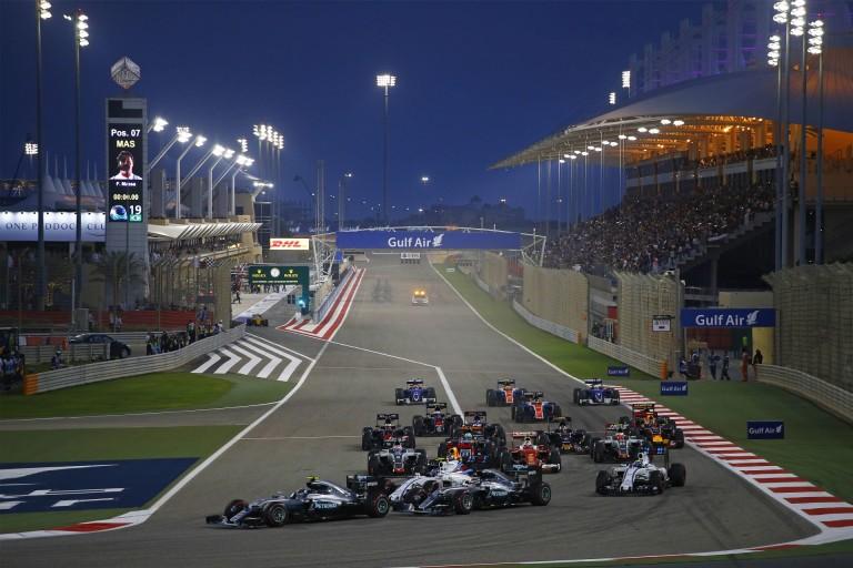 """Hamilton: """"Gratulálok Rosbergnek"""""""