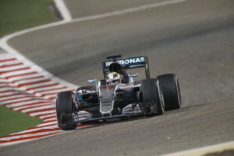 Mercedes: A Ferrari már ott liheg a nyakunkban...