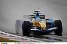Alonso szenzációs rajtelsősége az esőben a Renault-val Kínában