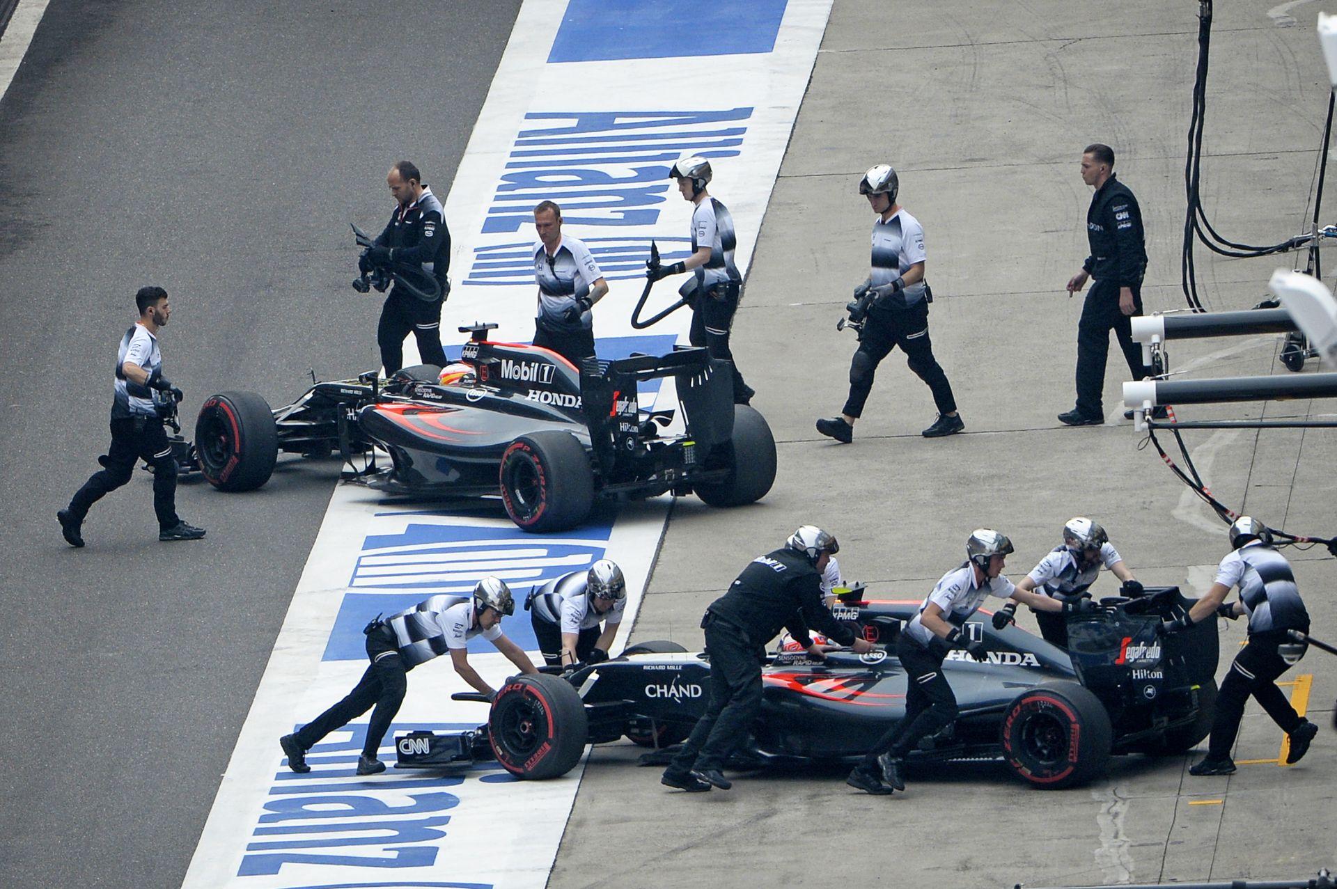 Alonso és Button nem élvezte annyira a nagydíjat, mint a nézők