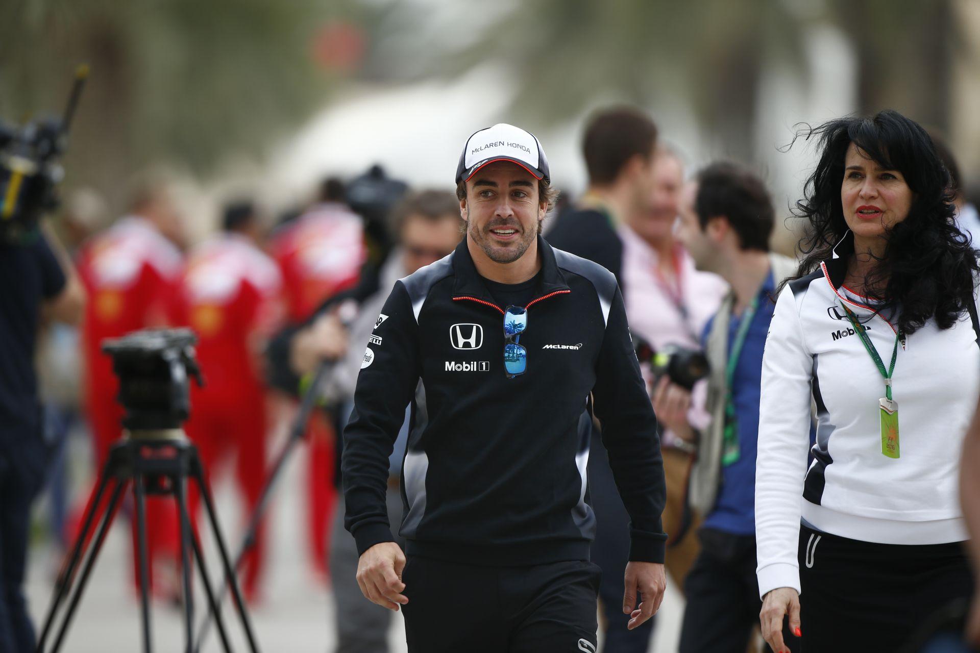 Alonso napról-napra erősebb a balesete óta - az MP4-31 is az legyen Szocsiban!