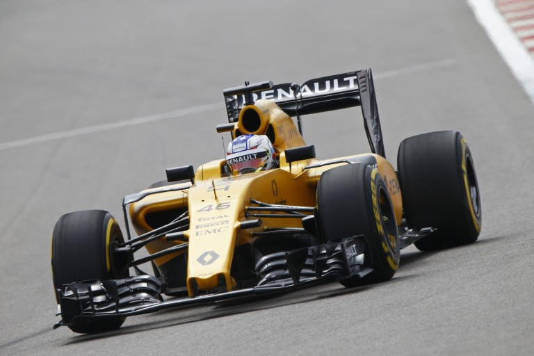 """A Renault orosz beugrója: """"A köridőm nagyon jó volt a csapattársamhoz képest, bla, bla, bla…"""""""
