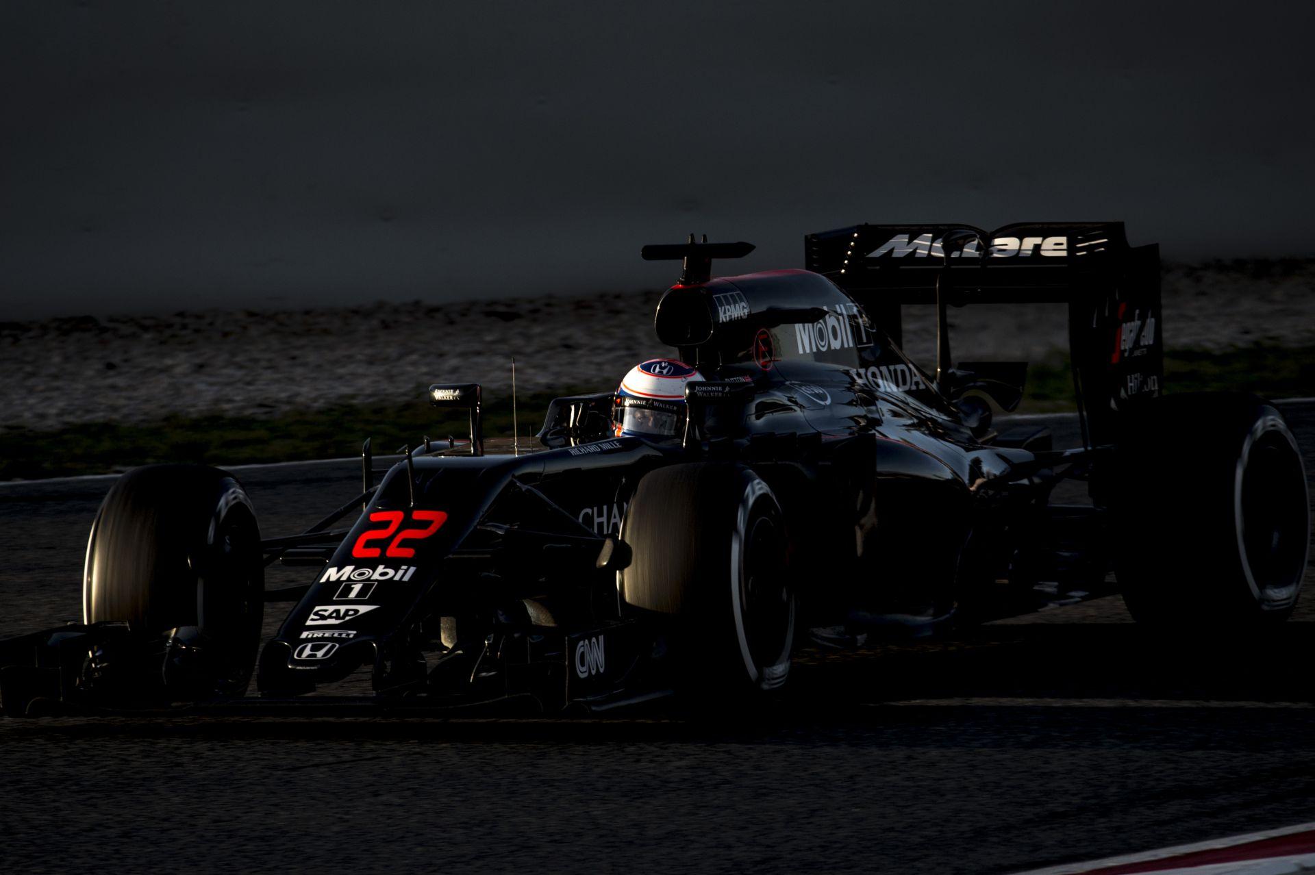 "Button: ""Futamról futamra jobb lesz a McLaren-Honda"""
