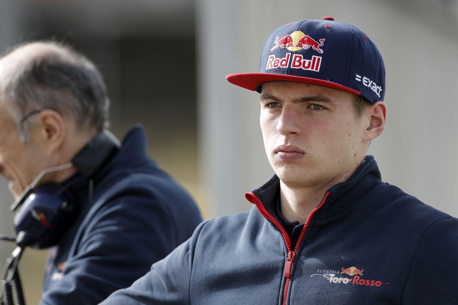 Verstappen már most tárgyal a Red Bullal a 2017-es szerződéséről!