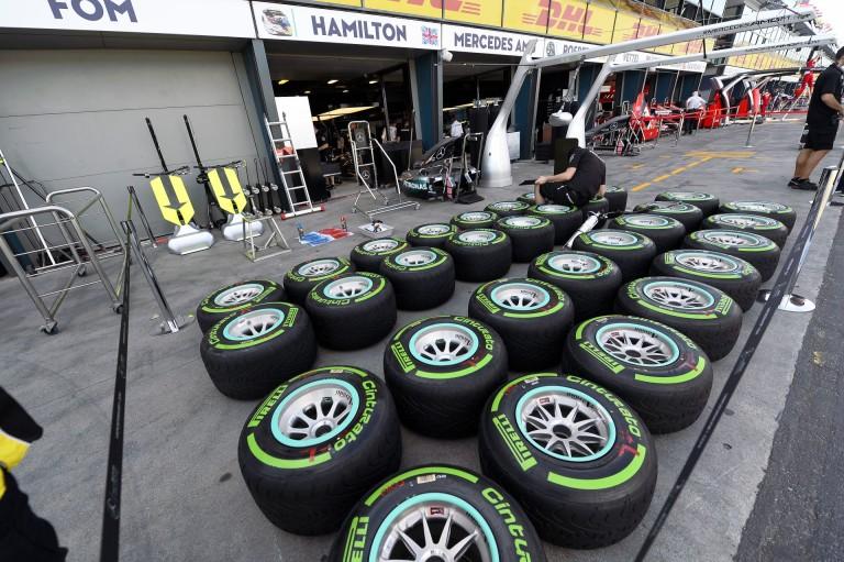 Sumákolt a Pirelli 2015 végén?