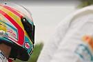 Hatalmas: Alonso és Button versenye! Őrültek!