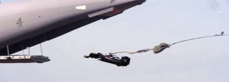 A McLaren-Honda jobb filmet csinált, mint a Halálos iramban: íme!