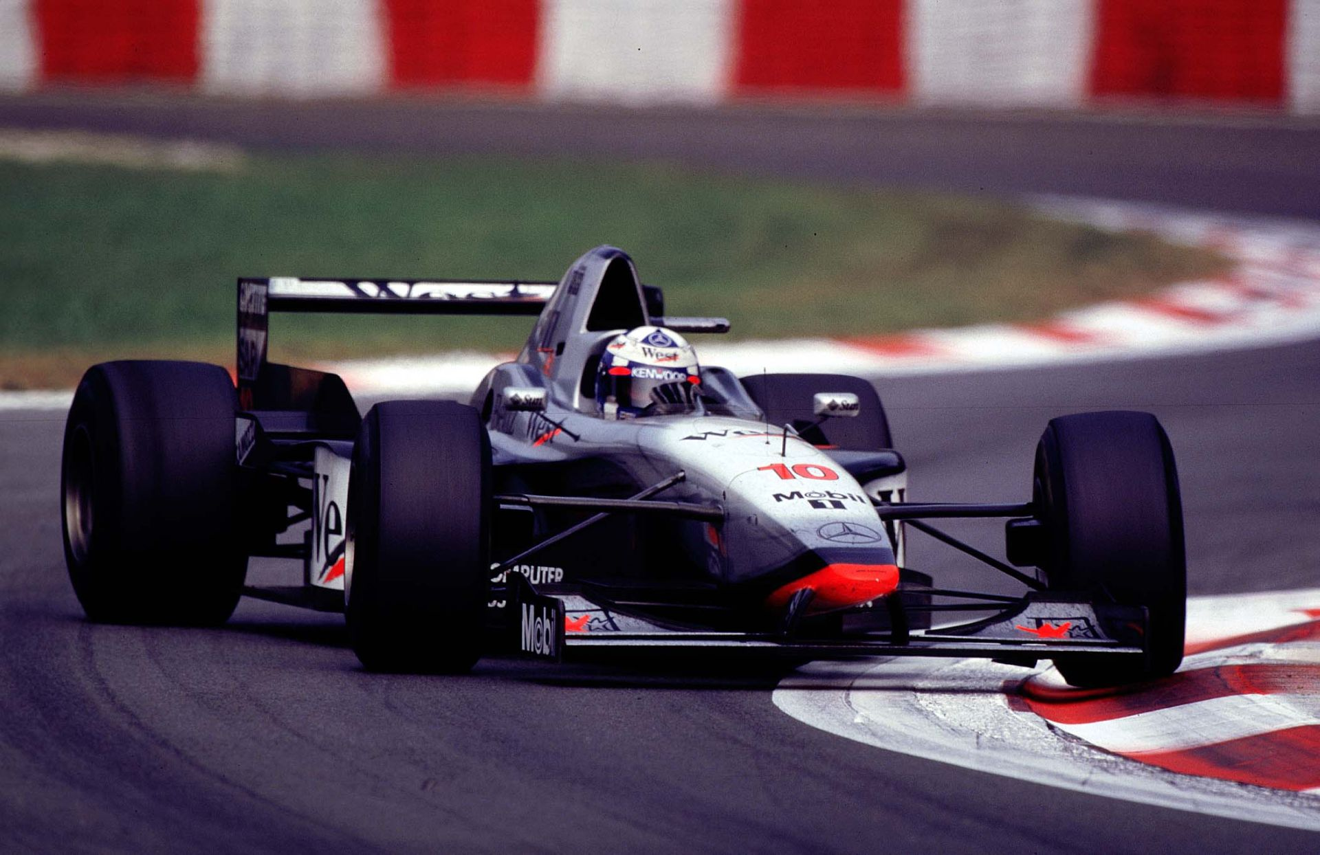 Johnny Herbert Vs. David Coulthard: közel 20 éve a Forma-1-benf