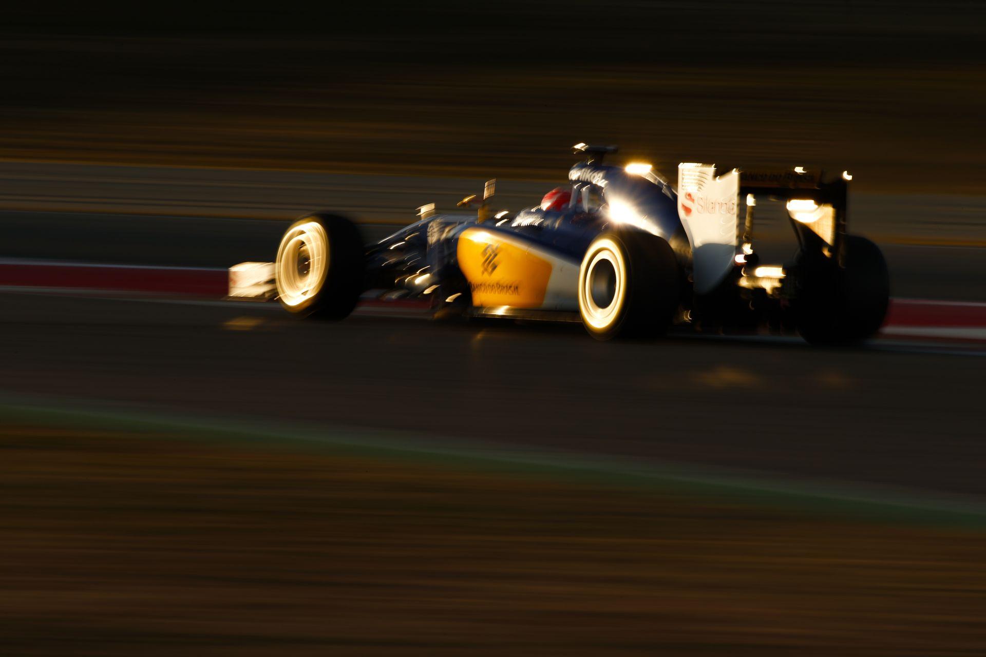Új fotók érkeztek az F1-es téli teszt helyszínről: Ferrari, Williams, Red Bull, Haas…