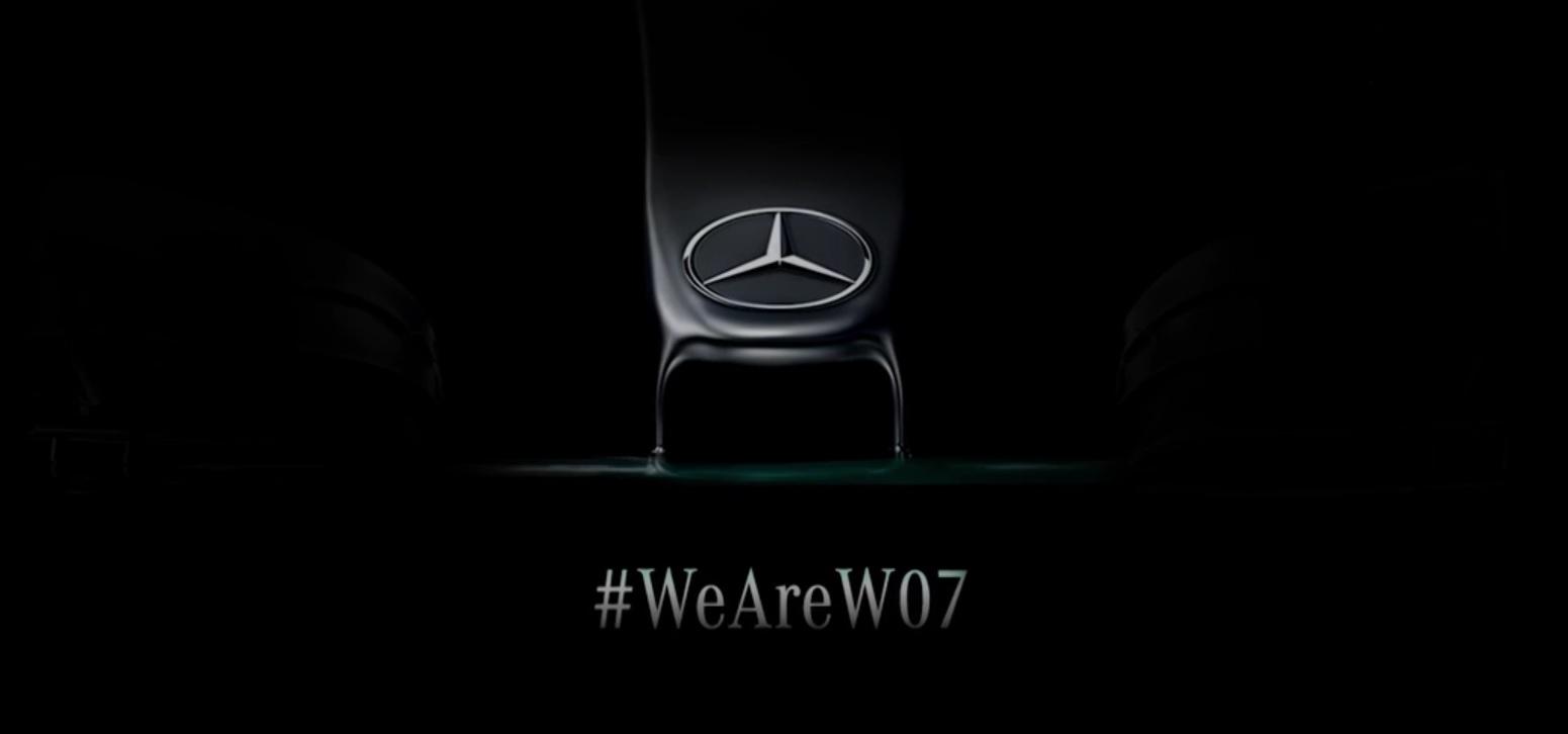 Ma gurul először pályára a 2016-os F1-es Mercedes: jöhetnek a kémvideók!