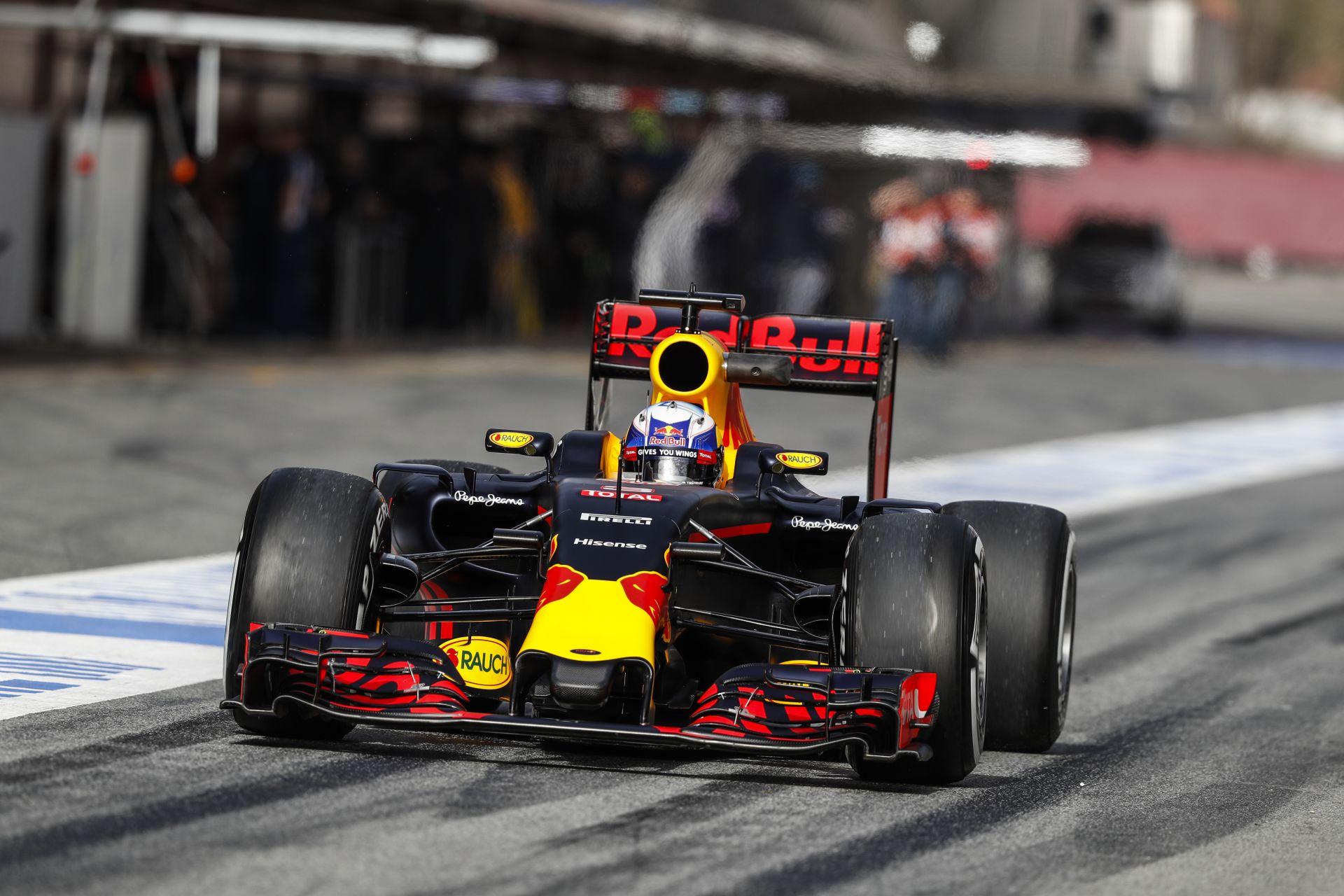 Ricciardo szerint jó lett az új Red Bull, de még van munka vele