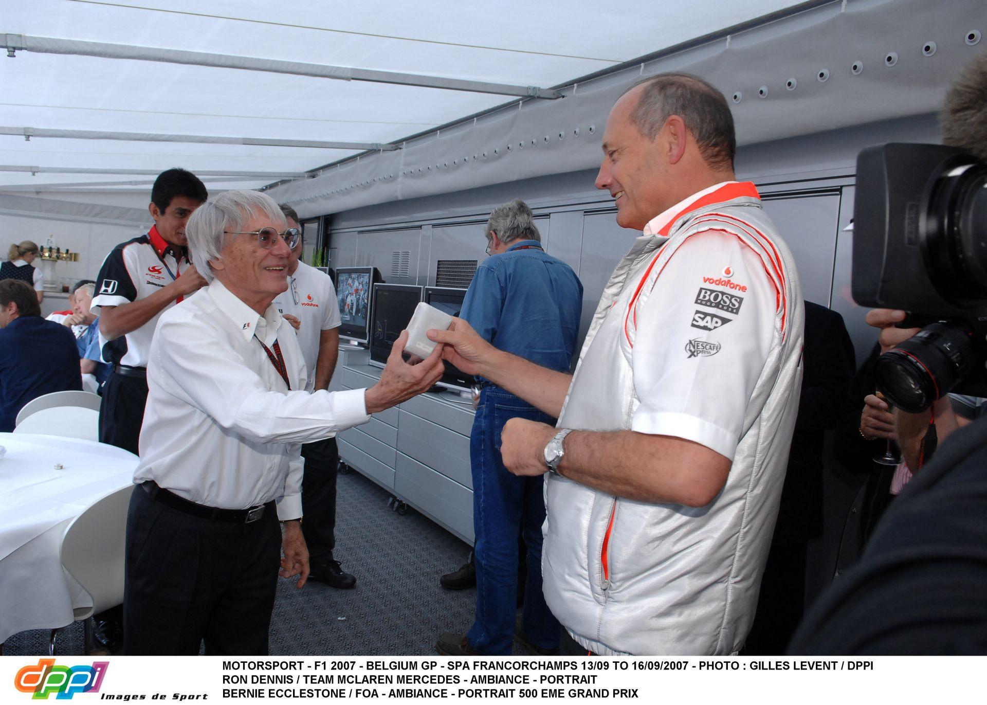 """Dennis: """"Egy kívülálló kell Ecclestone helyére"""""""