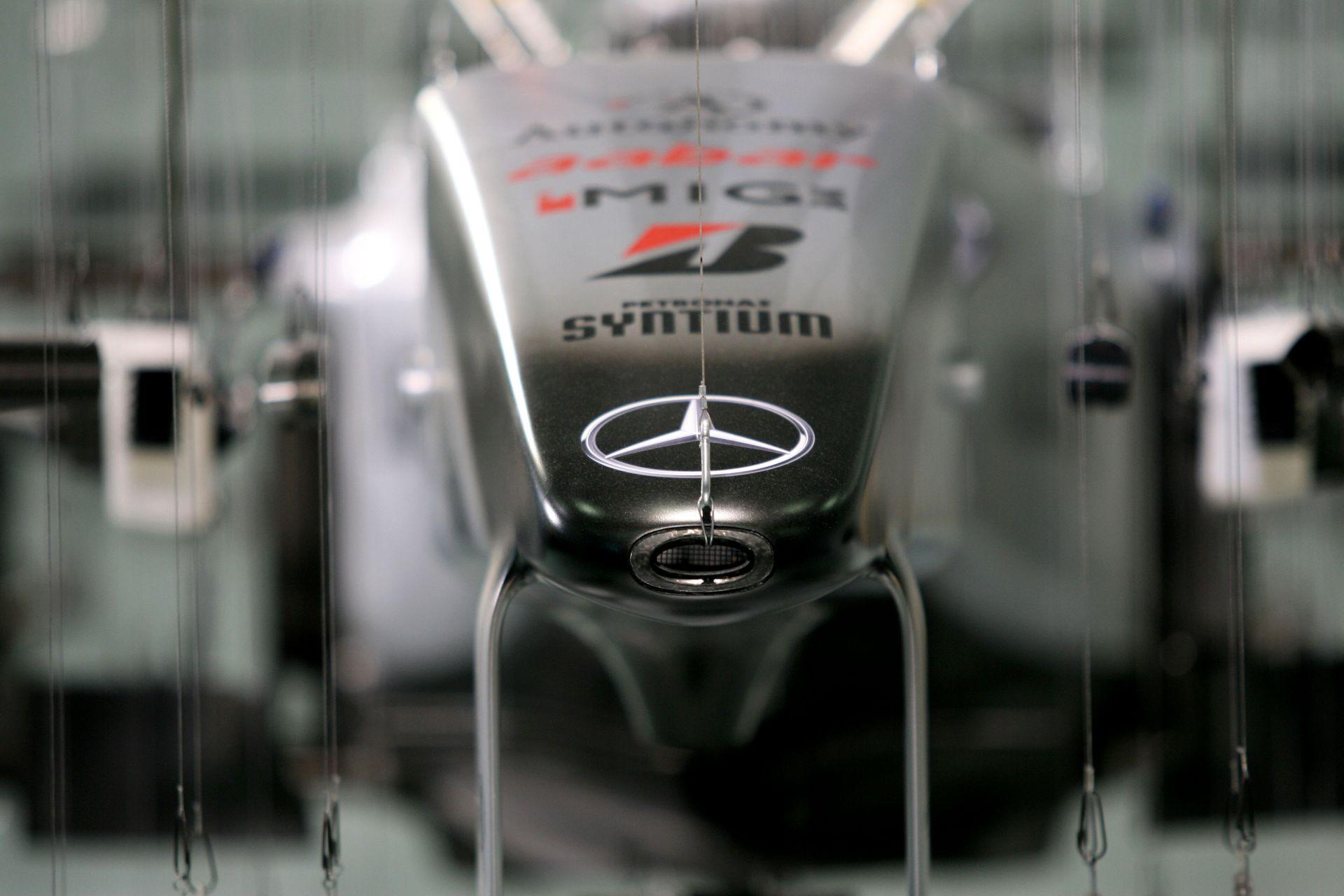 Mercedes: A Forma-1-es projekt értéke évente három milliárd dollár