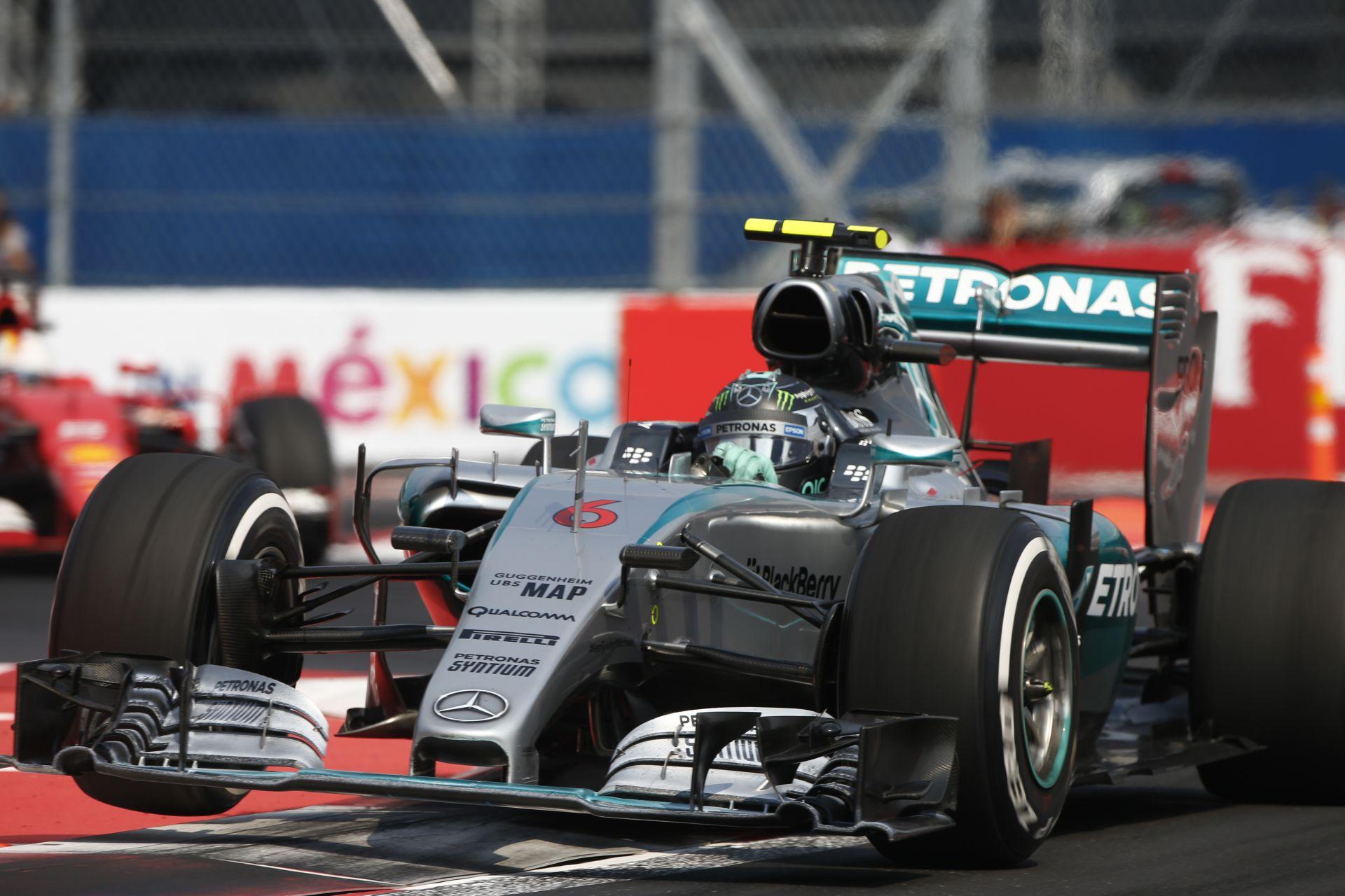 Kacsa a Mercedes S-csatornája: egészen mást tesztelnek az elemmel
