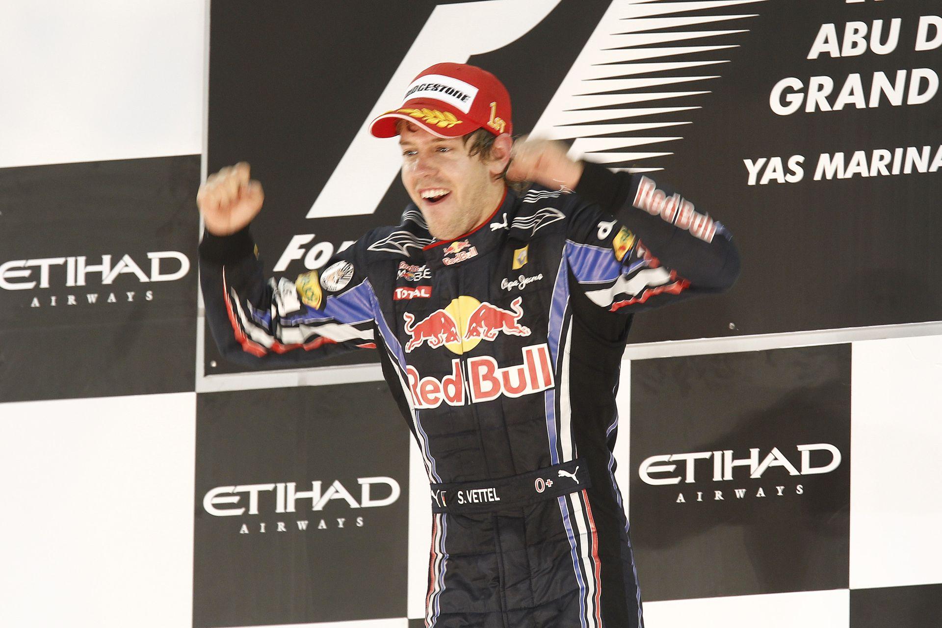 Vettel 2010-ben ezen a napon lett először F1-es bajnok: Alonso nyert helyzetből bukta el