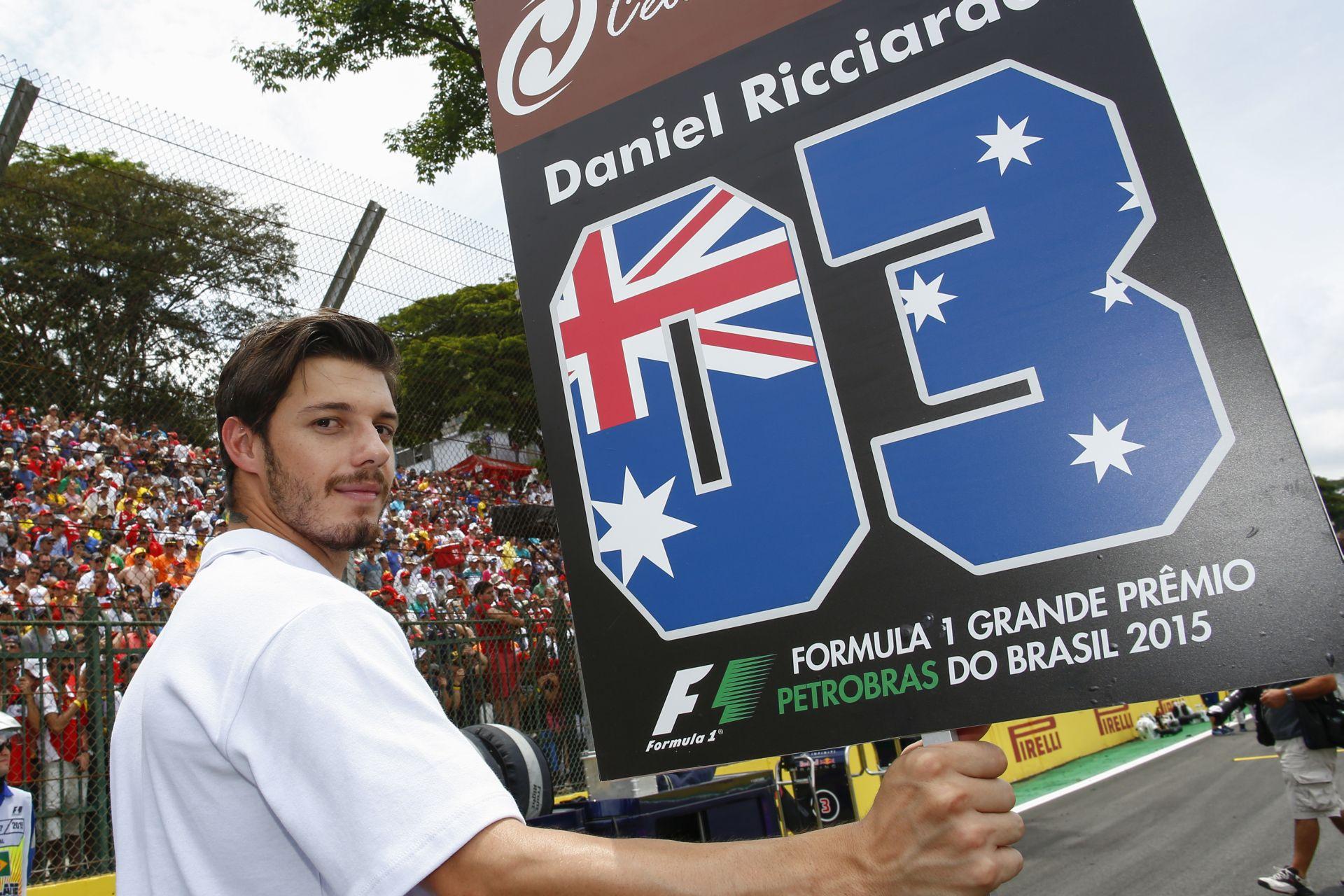 Képeken a rajtrács fiúk a Brazil Nagydíjról: no komment