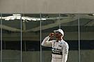 Hamilton nem dühöng, hogy a Mercedes nemet mondott neki