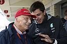 A Mercedes nem tesz szájkosarat a versenyzőire, Rosberg meg szedje össze magát