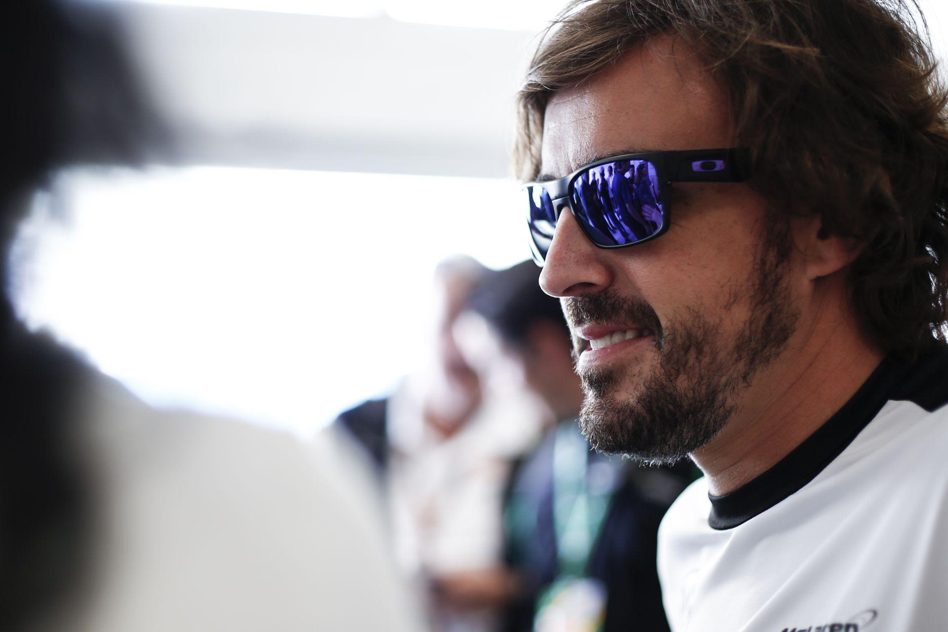 """Alonso: """"2016-ban már versenyképesek leszünk, de csodák nem léteznek"""""""