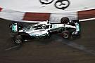Dráma: Lewis Hamilton kiesett a Szingapúri Nagydíjon
