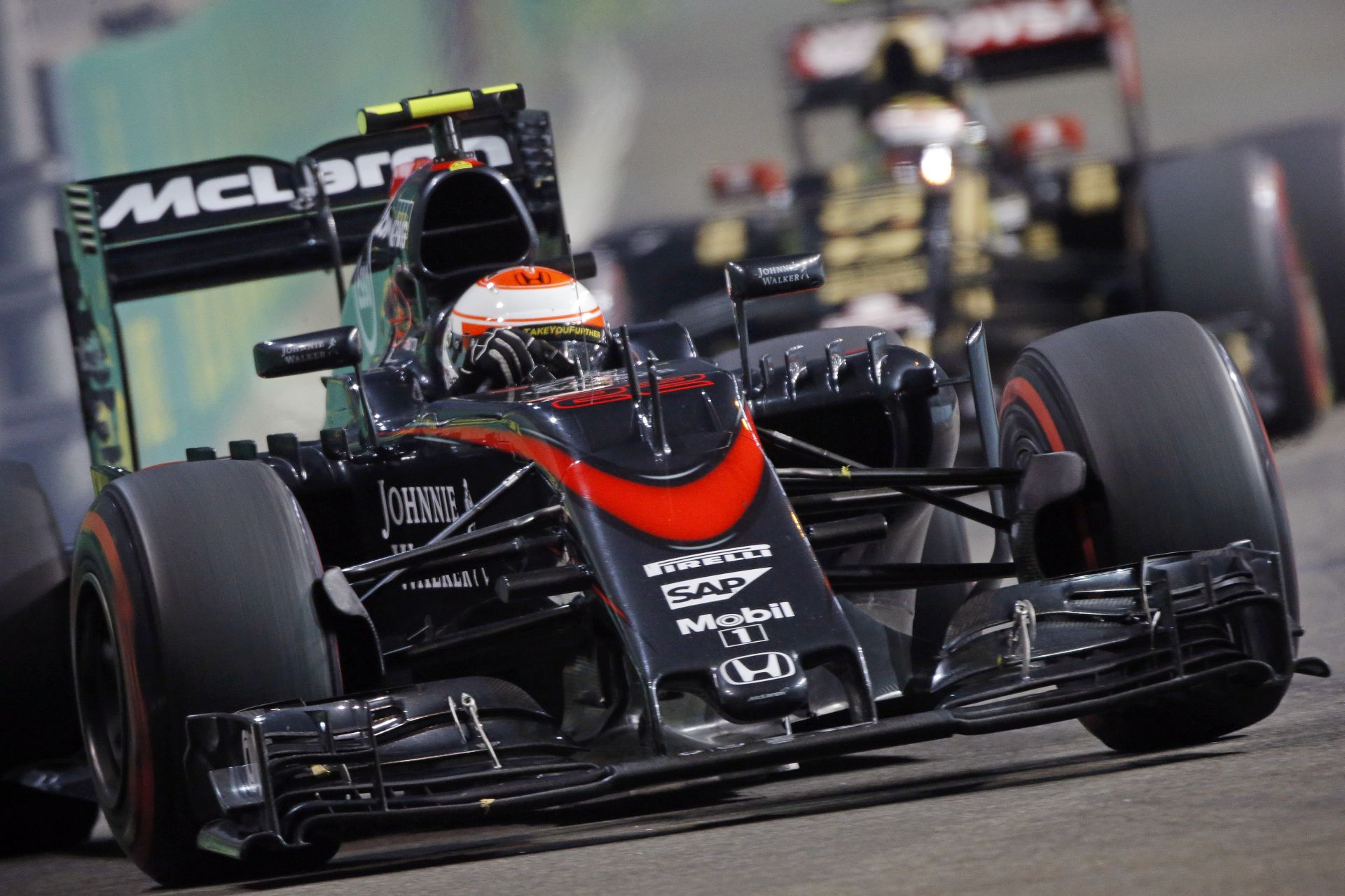 A McLaren-Honda a japán szabadedzéseken véget vetne a váltóproblémáinak!