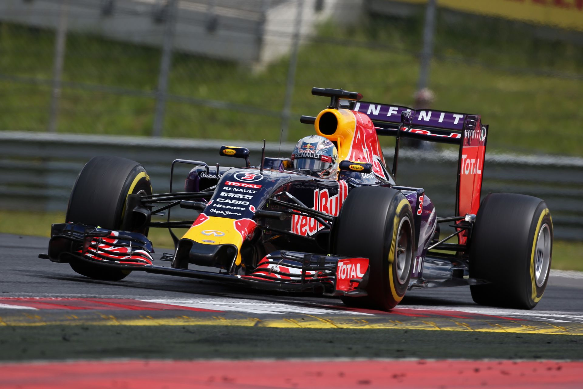 A Red Bull úgy érzi, hogy Silverstone-ban a Ferrarival versenyeznek majd