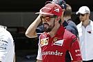 Nem volt csapatutasítás a Ferrarinál: Alonso tartja a titkot, Abu Dhabi után jelentené be