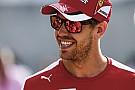 Nem a Mikulás hozta a dobogót Vettelnek és a Ferrarinak
