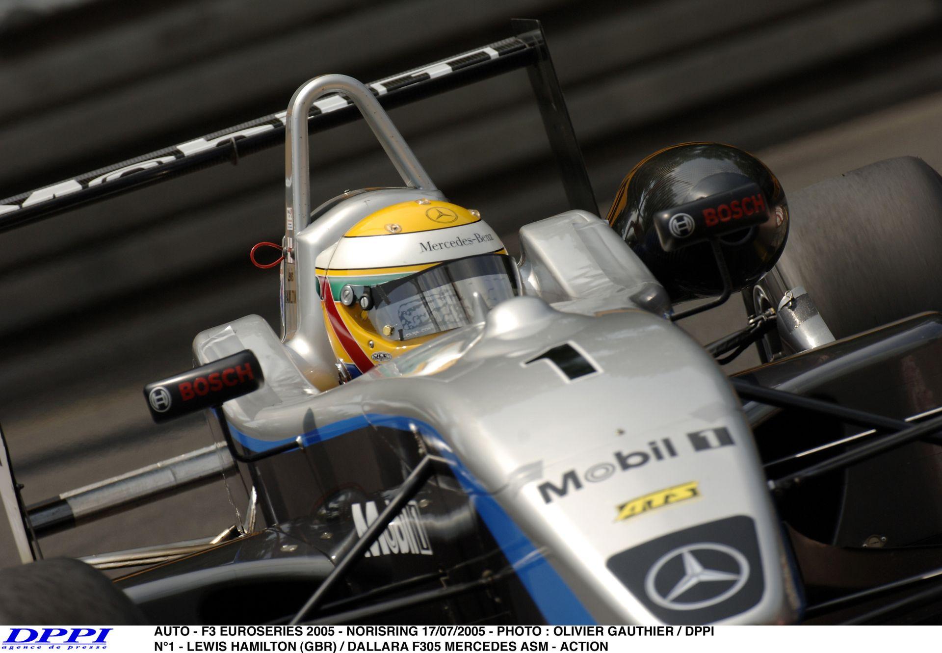 Hamilton: Normális kuplungot a Forma-1-be! Az F3-as idők voltak a legjobbak!