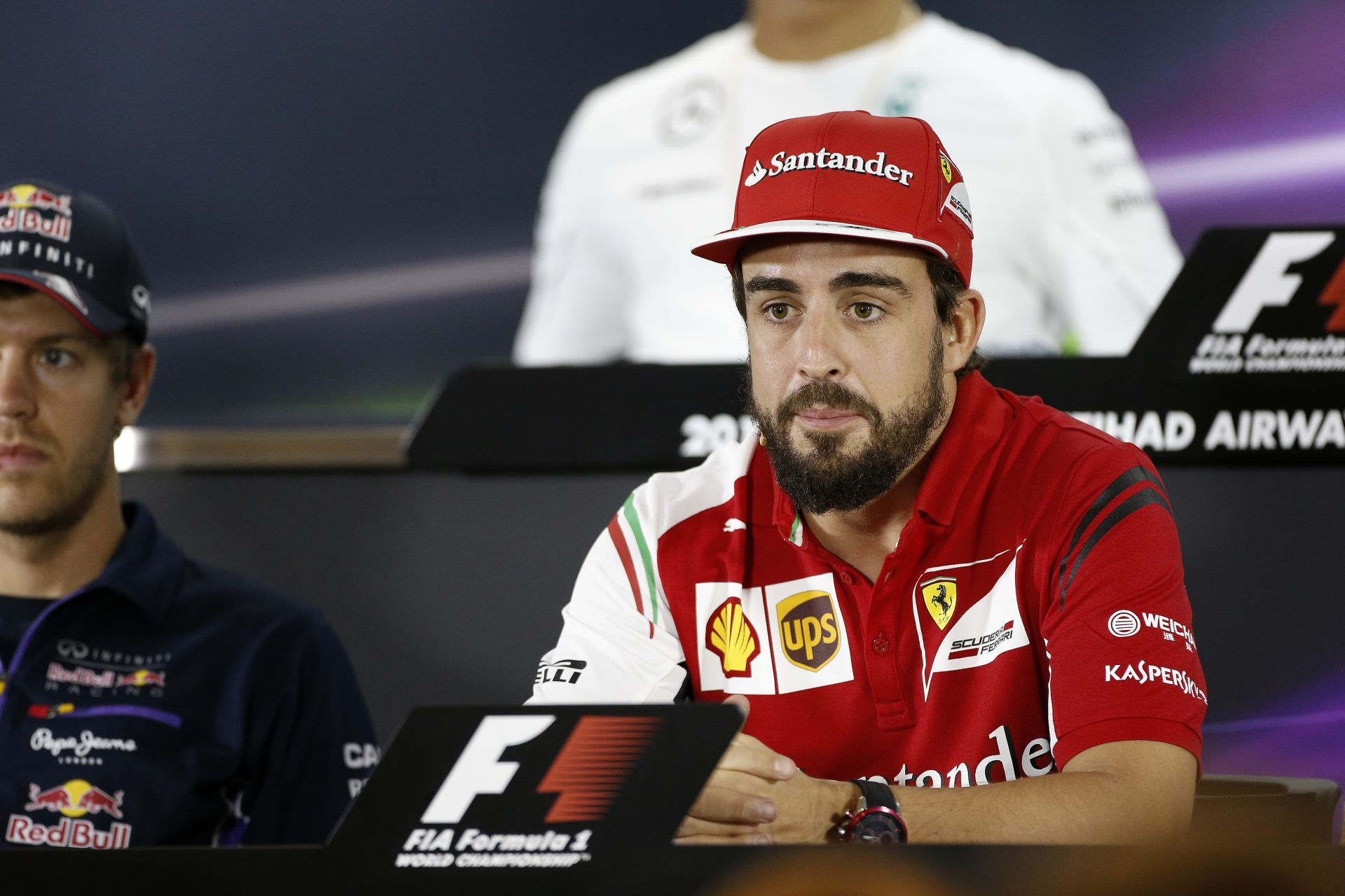 I. János Károly király: Alonso a McLarennél folytatja tovább (Frissítve)