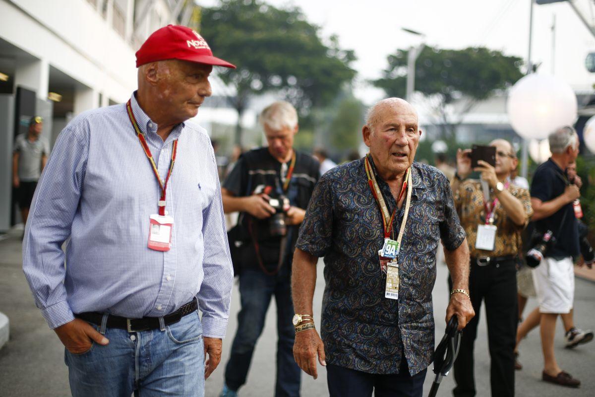A Mercedesnél tényleg nincs hely Alonso számára, ezt Lauda is megerősítette