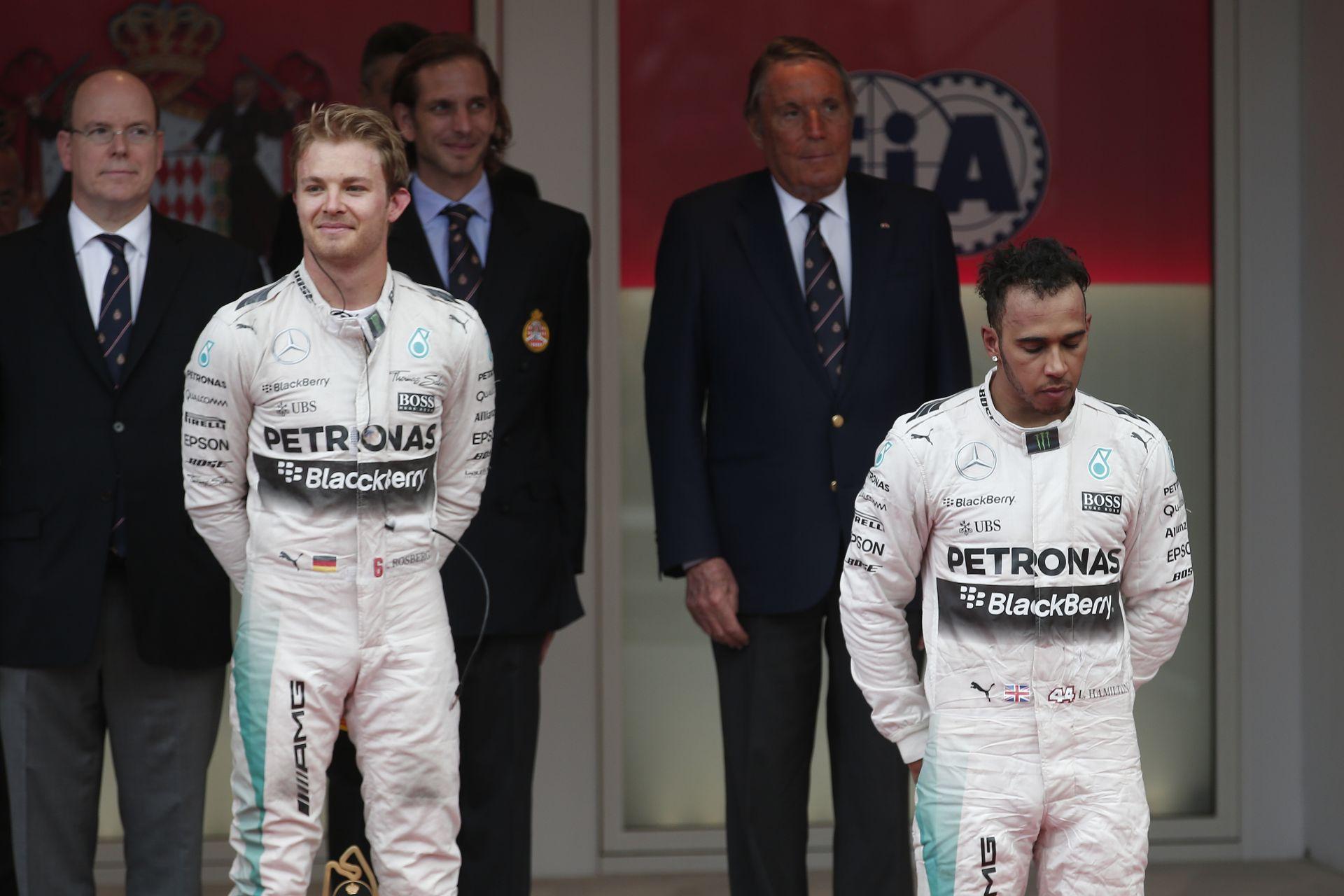 Fontos változások a Mercedesnél: Hamilton nem bukhat el így még egyszer egy futamot, mint Monacóban!