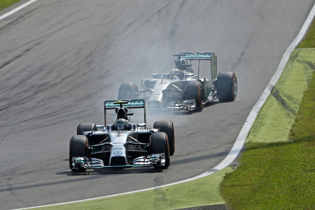 Rosberg: inkább második hely, mint kockás gumi és újabb kerékcsere
