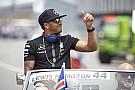 Hamilton nyerte az időmérőt Ausztriában Rosberg és Vettel előtt! Mindkét mercedeses eldobta a gépet! Raikkönen lemaradt, mint a
