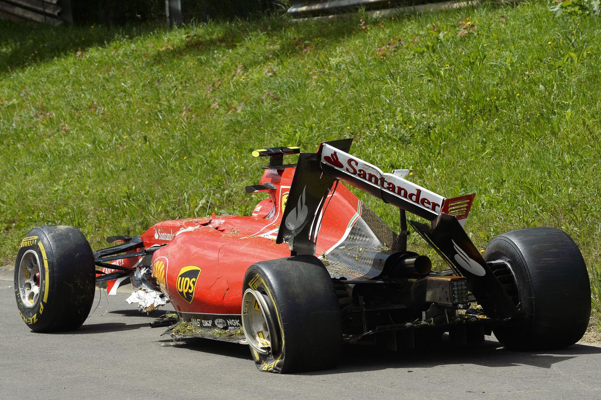 Raikkönen most már minden futamon meg fog pördülni? Le kellene váltania a Ferrarinak? 19 órától ÉLŐBEN!