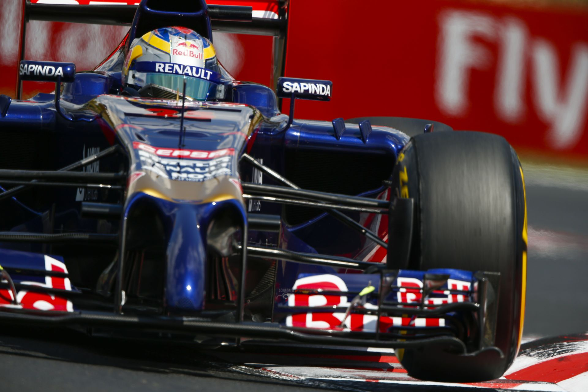 Röviden: Amerikában, Brazíliában és Abu Dhabiban is pályára gurul a 16 éves F1-es újonc