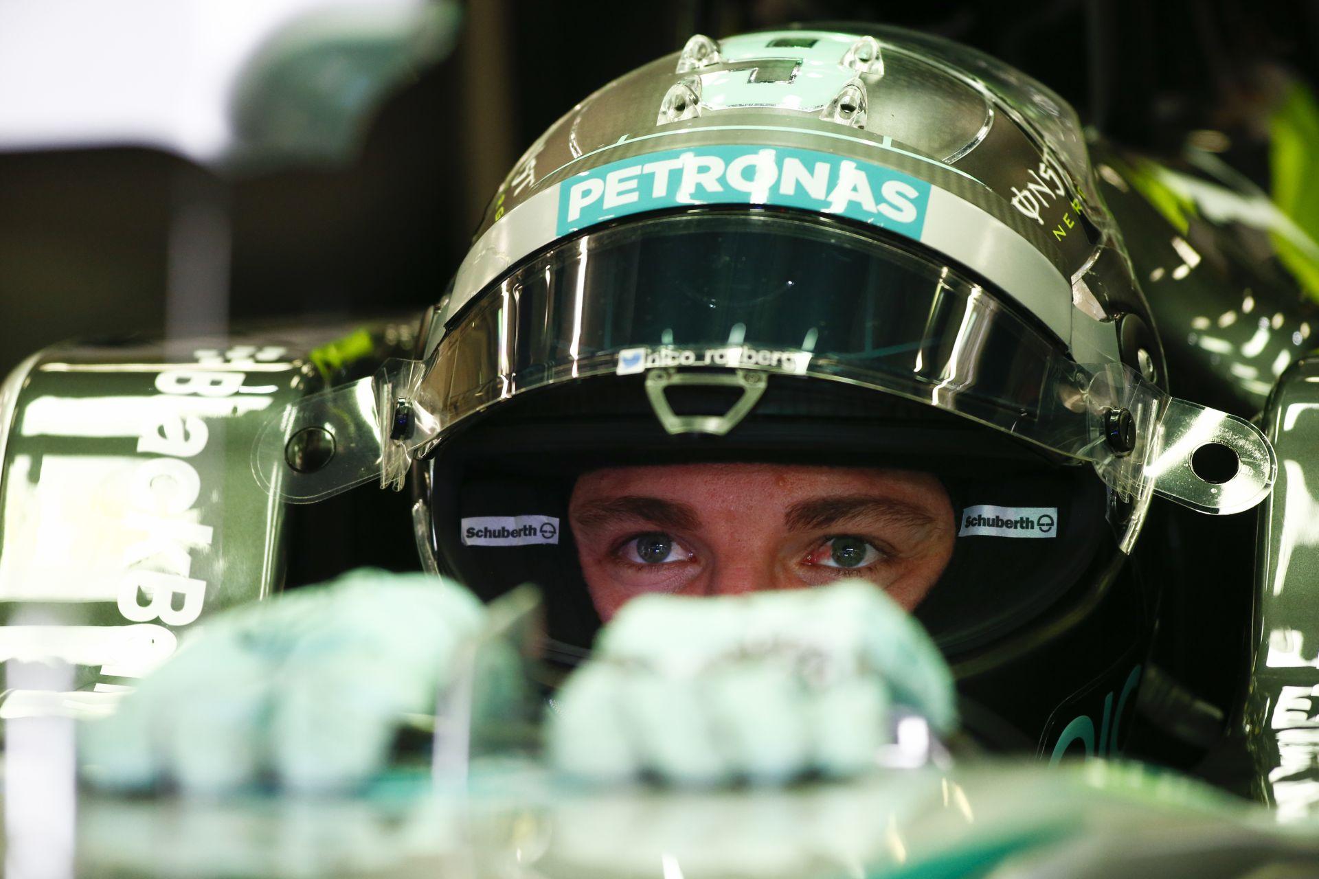 Rosberg simám megverte Hamiltont és övé a pole Belgiumban! 2 másodpercet kapott a mezőny! Alázott a Mercedes az időmérőn