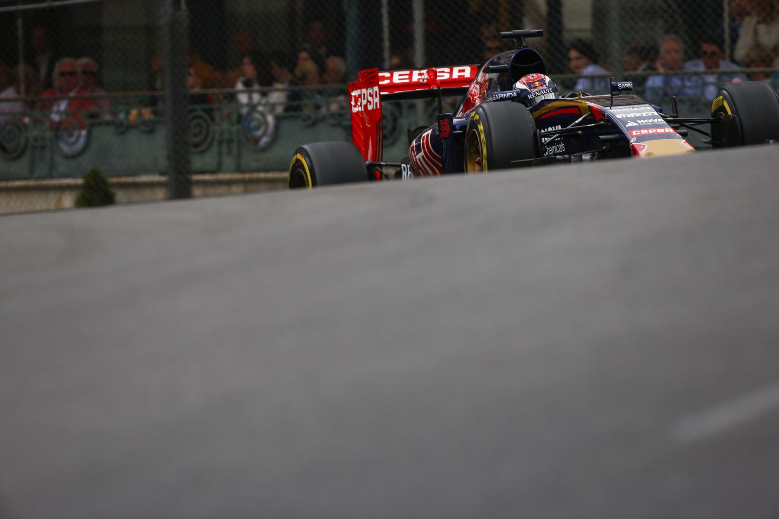 Verstappen szárnyalt a friss gumikon: egyértelműen Grosjeant okolja a baleset miatt