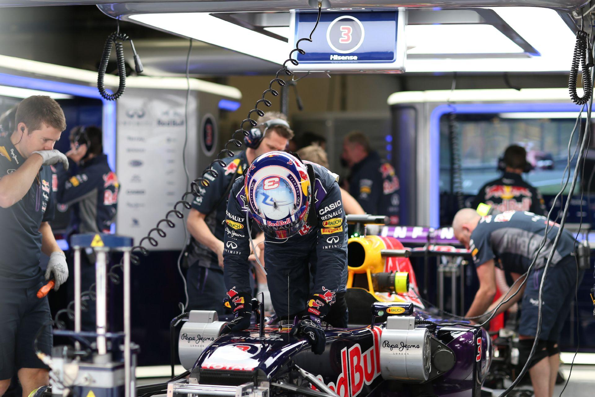 Ricciardo: Ha optimista akarok lenni, akkor holnap benne lehetünk a TOP 5-ben