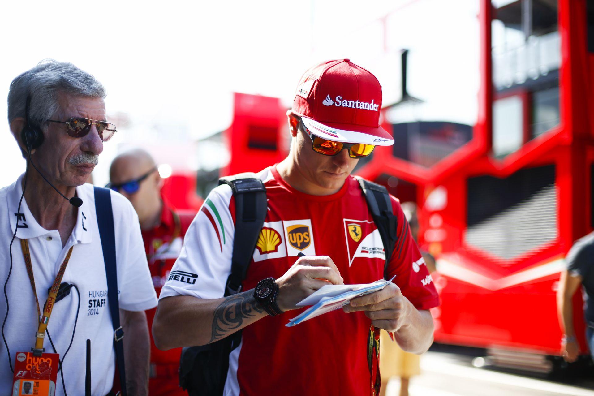 Raikkönen: Többször is megkérdeztem a Ferrarit, hogy biztosan nem megyünk ki?!