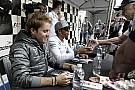 Rosberg kicsit megkönnyebbült, hogy ismét Hamilton előtt van